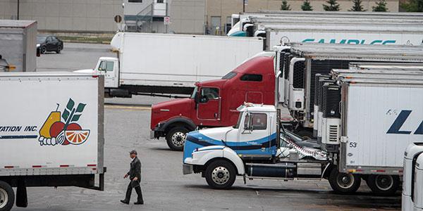 trade-truck-button