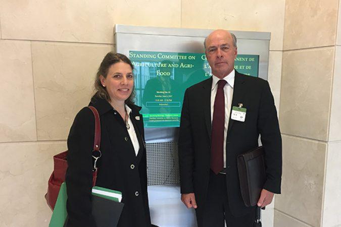 Le CCH présente des messages sur les obstacles non tarifaires au Comité permanent de l'agriculture et de l'agroalimentaire de la Chambre des communes